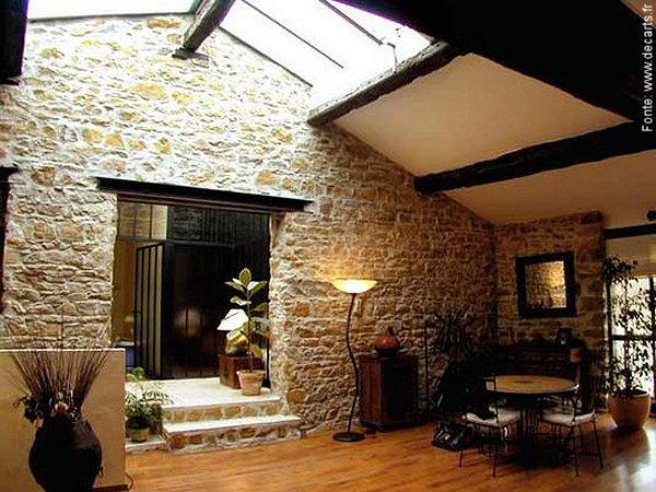 Inspira o medieval passeio revestimentos e sensa es for Interieur maison en pierre