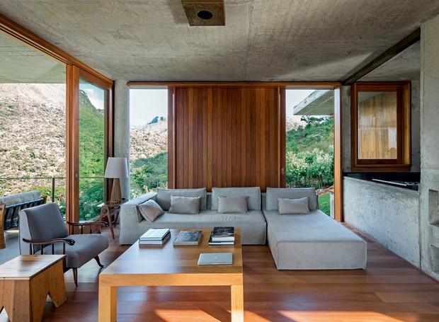 sala-de-estar-com-concreto-